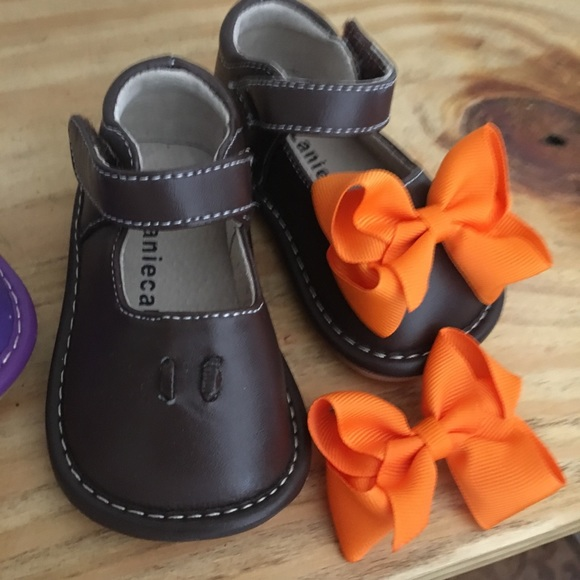 07afbc799e Laniecakes Other - Brown Laniecakes Squeaker Shoes w removable bows